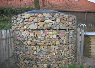 De steenkorf voorzien van een SunDisc collector